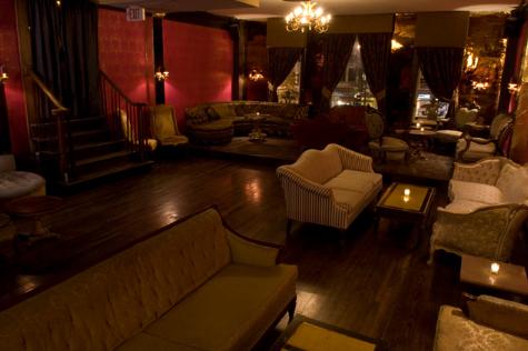 esl-gold-room-2